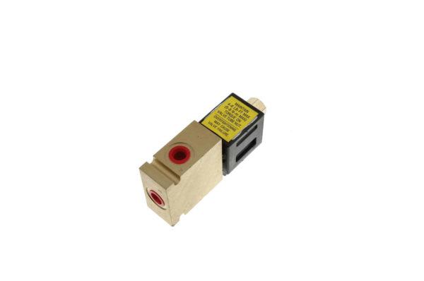 Купить Клапан тормоза VOLVO и другие запчасти для спецтехники в ООО «Дортехника».