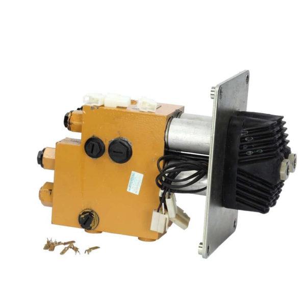 Купить Клапан гидравлический XCMG и другие запчасти для спецтехники в ООО «Дортехника».
