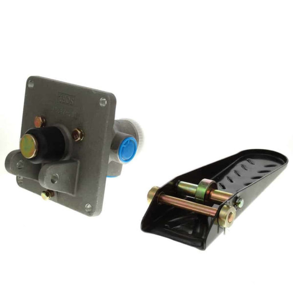 Купить Клапан тормозной SHANTUI SL30W и другие запчасти для спецтехники в ООО «Дортехника».