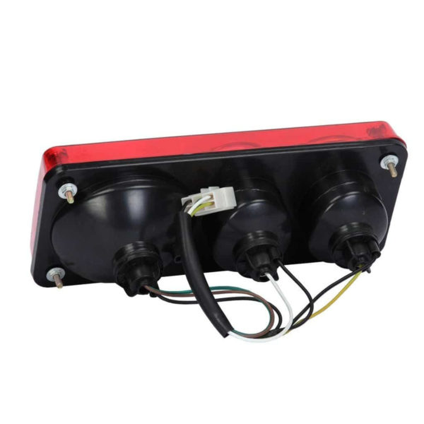 Купить Фонарь задний правый комбинированный SHANTUI SL50 и другие запчасти для спецтехники в ООО «Дортехника».