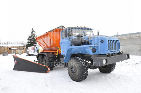 Купить Комбинированная дорожная машина УРАЛ 4320 и другую дорожную технику по низкой цене в ООО «Дортехника».