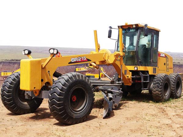 Купить Автогрейдер XCMG GR215 и другую дорожную технику по низкой цене в ООО «Дортехника».