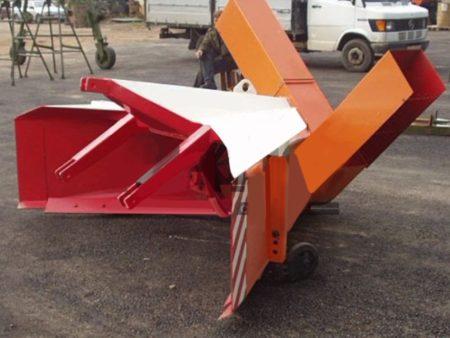 Купить Снегоочиститель задний СНТ-2500 и другое навесное оборудование для спецтехники в ООО «Дортехника».