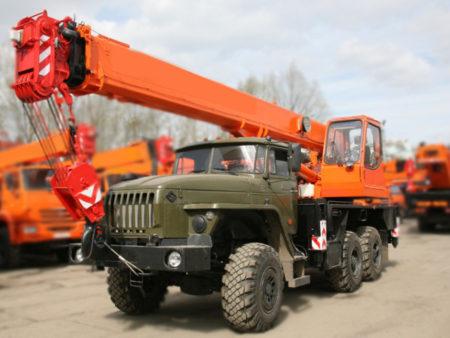 Купить Автокран Урал-4320 КС-55713-3К-1 и другую дорожную технику по низкой цене в ООО «Дортехника».
