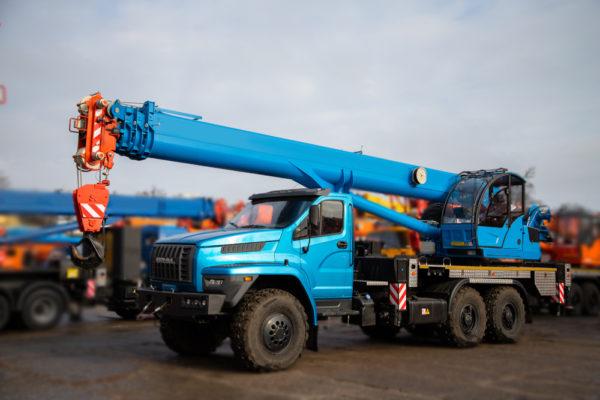 Купить Автокран УРАЛ NEXT 4320 КС-55713-3К-4 LIGHT (6х6) и другую дорожную технику по низкой цене в ООО «Дортехника».