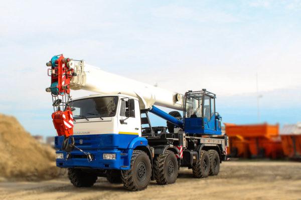 Купить Автокран КамАЗ-63501 КС-65719-3К-1 (8х8) и другую дорожную технику по низкой цене в ООО «Дортехника».