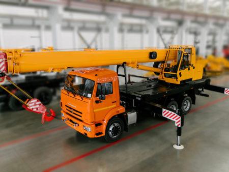 Купить Автокран КамАЗ КС-45717К-1М и другую дорожную технику по низкой цене в ООО «Дортехника».