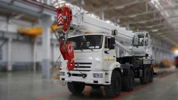 Купить Автокран КамАЗ КС-55735-7 и другую дорожную технику по низкой цене в ООО «Дортехника».