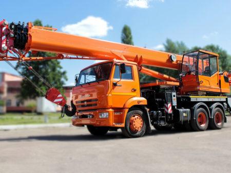 Купить Автокран КамАЗ КС-55713-1К-4В и другую дорожную технику по низкой цене в ООО «Дортехника».