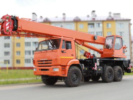 Купить Автокран КамАЗ КС-55713-5К-1В и другую дорожную технику по низкой цене в ООО «Дортехника».