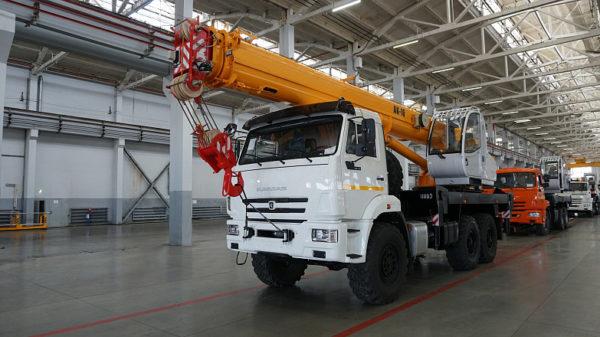 Купить Автокран КамАЗ КС-35714К-2-10 и другую дорожную технику по низкой цене в ООО «Дортехника».