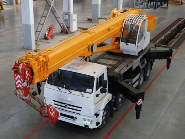 Купить Автокран КамАЗ КС-65740-6 и другую дорожную технику по низкой цене в ООО «Дортехника».