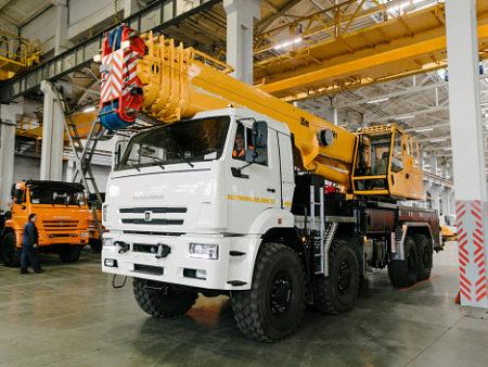Купить Автокран КамАЗ КС-6577К-3 и другую дорожную технику по низкой цене в ООО «Дортехника».