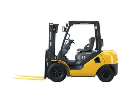 Купить Бензиновый погрузчик KOMATSU FG25NT-17 и другую дорожную технику по низкой цене в ООО «Дортехника».
