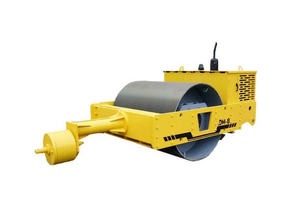 Купить Каток грунтовый прицепной DM-08 и другую дорожную технику по низкой цене в ООО «Дортехника».