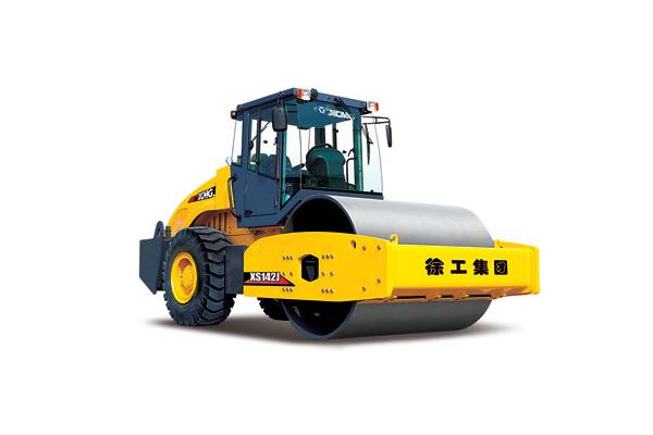 Купить Каток грунтовый XS142 и другую дорожную технику по низкой цене в ООО «Дортехника».
