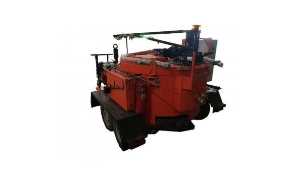 Купить Плавильно-заливочная установка прицепная электрическая с двумя удочками и другую дорожную технику по низкой цене в ООО «Дортехника».